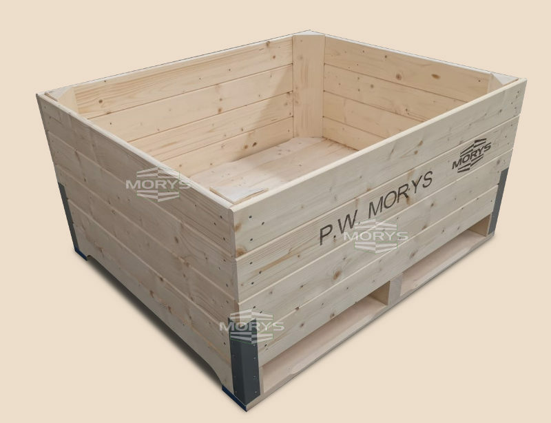 Wooden Box-palettes with a palette based on 3 bearings joined to the cargo part with the use of steel angle bars
