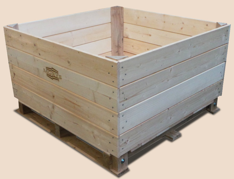 Wooden Box-palettes with a palette based on 3 or 4 bearings joined to the cargo part with the use of screws